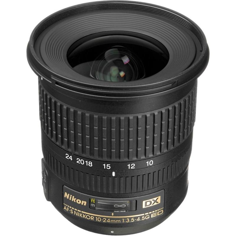 لنز Nikon AF-S DX Nikkor 10-24 mm f/3-5-4.5G ED