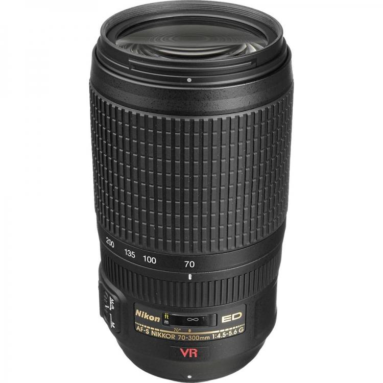 دیدنگار|لنز نیکون nikon|لنز Nikon AF-S Nikkor 70-300 mm f/4.5-5.6G VR