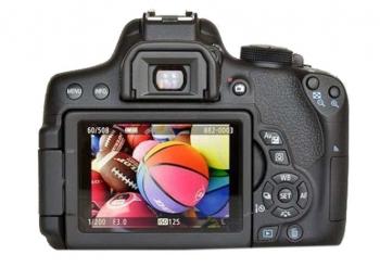 دوربین کانن 750D