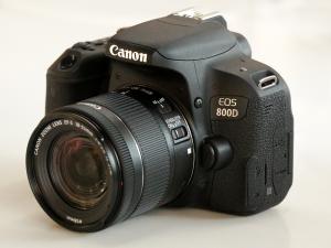 دیدنگار دوربین کانن دوربین عکاسی کانن Canon 800D با لنز 55-18 STM