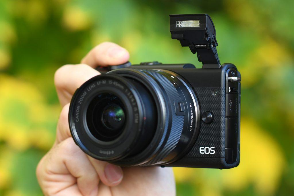 Canon EOS M100 مرور