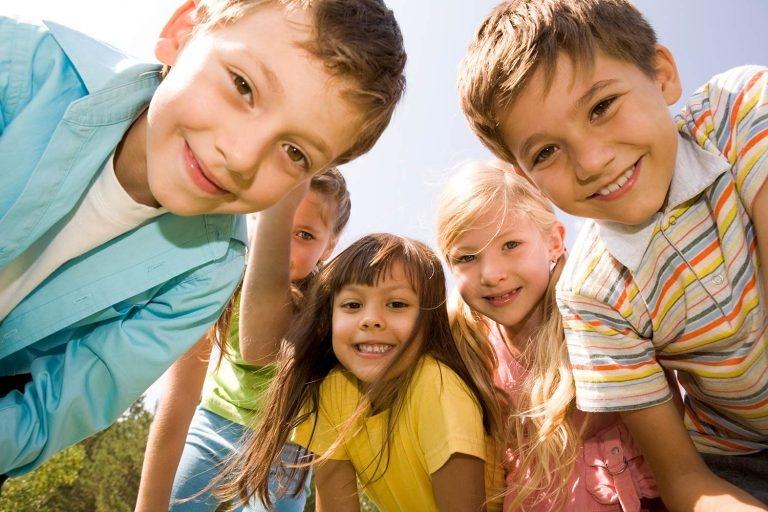 راهنمای خرید بهترین دوربین های عکاسی برای والدین