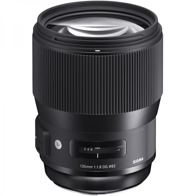 دیدنگار لنز سیگما sigma لنز سیگما Sigma 135mm F1.8 DG HSM Art for Canon