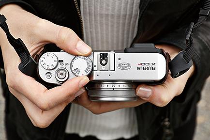 دوربین X100F