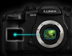 دوربین Lumix GH5