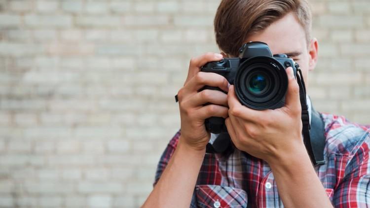 چه دوربینی برای رشته عکاسی بخریم؟