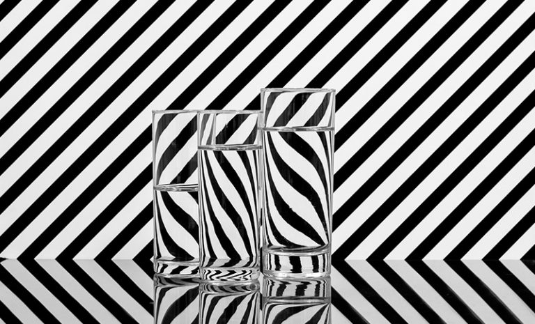 چالش عکاسی شیشه و ظروف شیشه ای