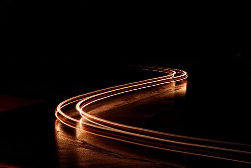 عکاسی کشیدگی لامپ ماشین ها