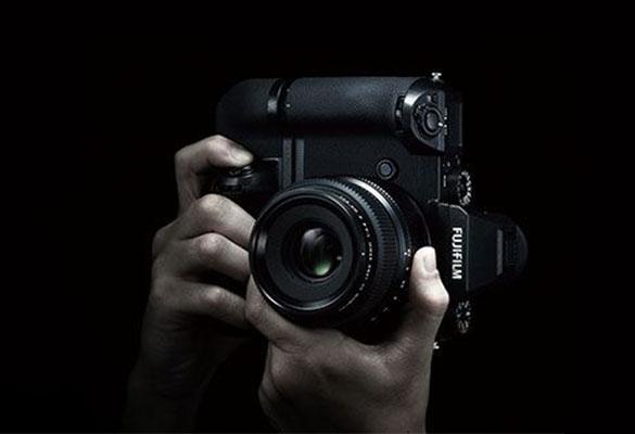 ۵ دلیل استفاده از گریپ باتری برای دوربین