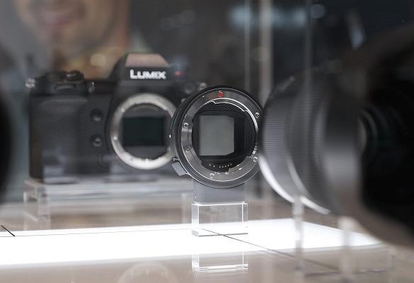 قیمت و تاریخ عرضه مبدل MC – 21 سیگما برای مانت SA و EF – L اعلام شد