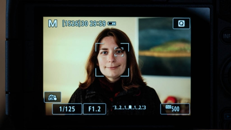 تشخیص چهره در دوربین EOS RP