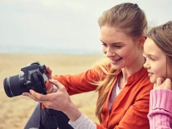 دوربین عکاسی 250D
