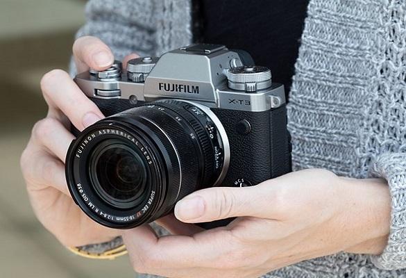 فوجیفیلم فریمور نسخه ۳٫۰ را برای X-T3 عرضه میکند، AF برای عکاسی و فیلمبرداری