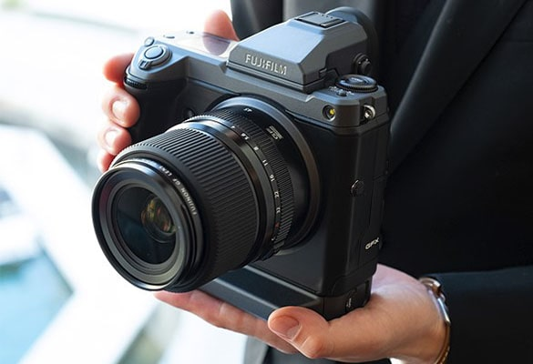 دوربین فوجی فیلم GFX100