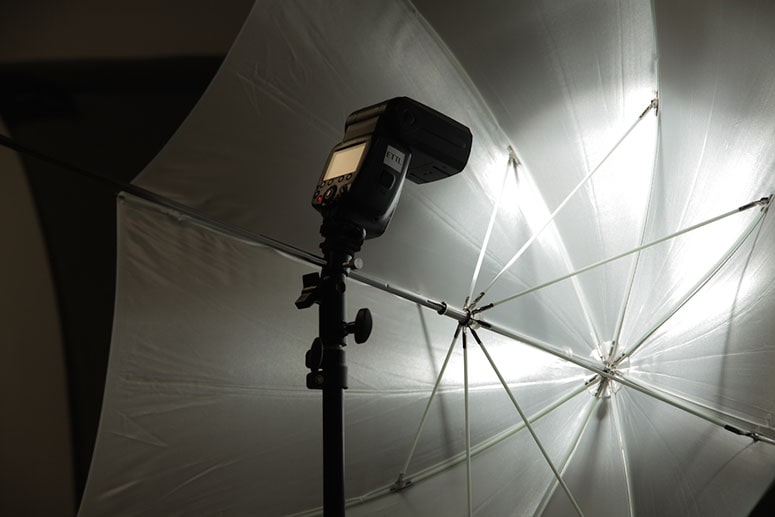 چتر آتلیه ( چتر عکاسی )