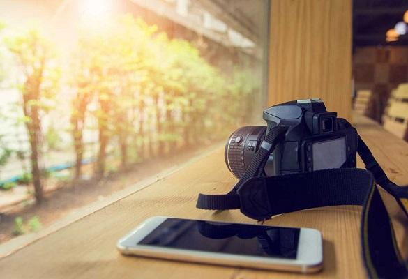 دوربین DSLR یا گوشی ؟