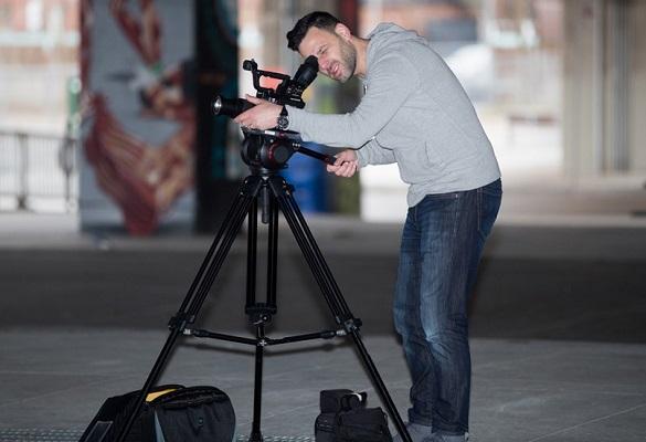 سه پایه عکاسی و فیلم برداری