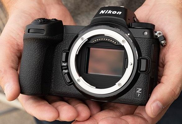 بهترین دوربینهای بدون آینه فول فریم ۲۰۱۹