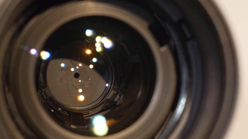 لنز دوربین عکاسی