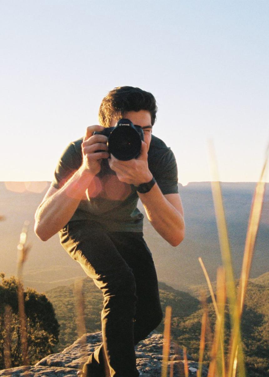 عکاس نیمه حرفهای