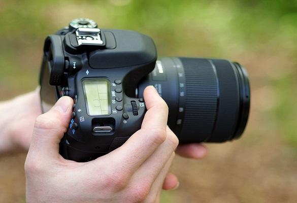 مقایسه دوربین کانن 77D با 80D