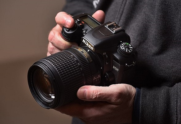 مقایسه دوربین کانن 90D و نیکون D7500