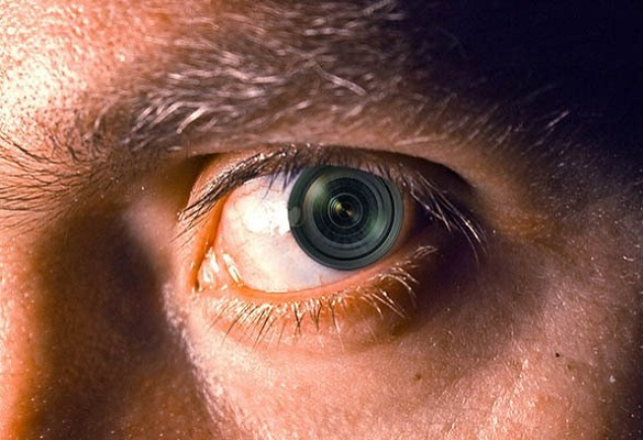 مقایسه چشم و دوربین
