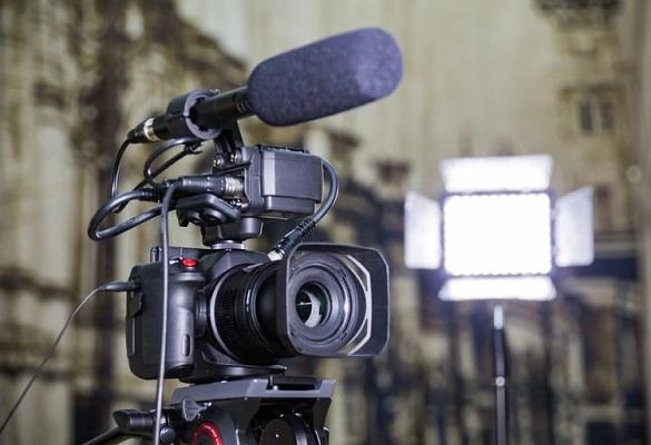 انواع میکروفون دوربین : دانستنیهایی در مورد میکروفونهای دوربینهای DSLR