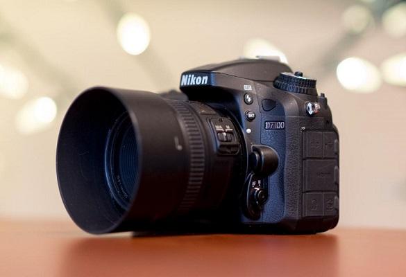دوربینهای DSLR هنوز نمردند : نبرد اصالت و مدرنیسم !