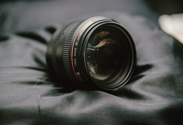 شگفتانگیز، دوستداشتنی و ماندگار همچون لنز کانن ۵۰mm f/1.0L USM
